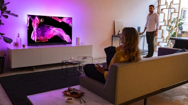 A Philips TV és a Bowers & Wilkins új sztenderdet állítanak be a tévézésben
