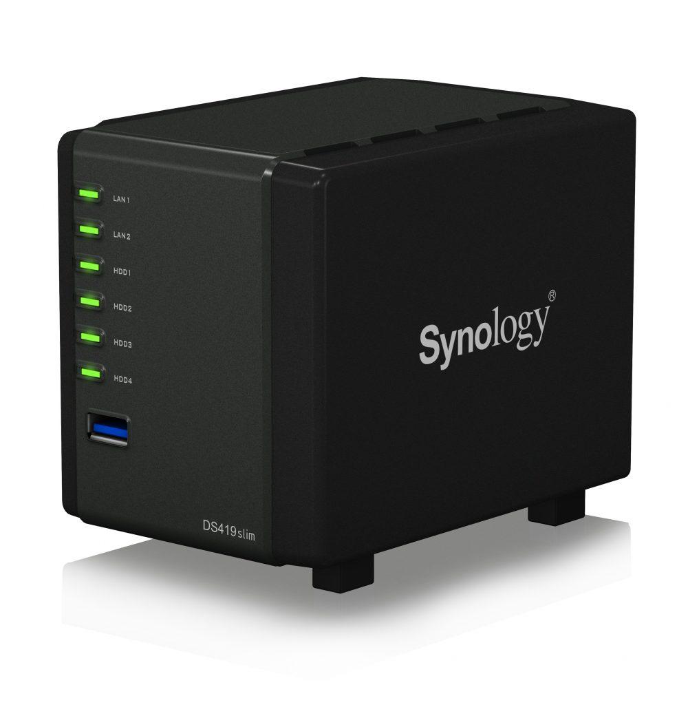 A Synology® bemutatja a DiskStation DS419slim eszközt, a saját felhőt, amely elfér a tenyerében